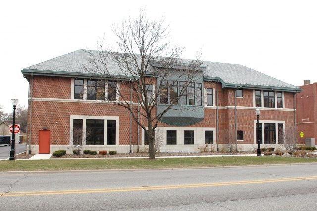 La Grange Public Library